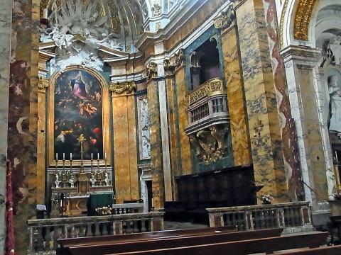 サン・ルイージ・ディ・フランチェージ教会 第7次十字軍遠征に出たフランスの守護聖人ルイ9世(第7